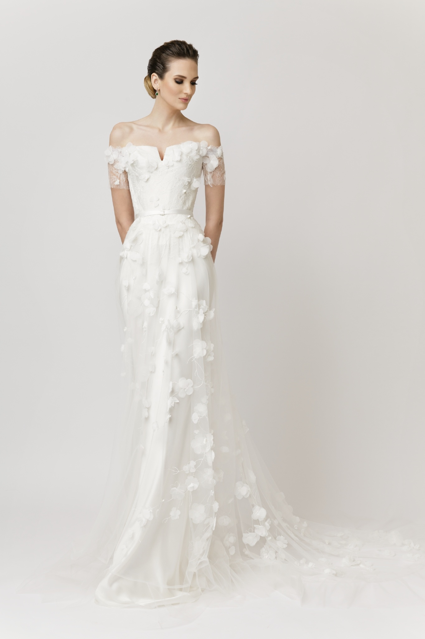 2017 m. vestuvinių suknelių kolekcija